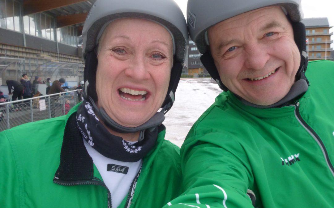 Söndag Första Advent med Långfärdsskridskopremiär på Isovalen å Glögg hos Tomten.