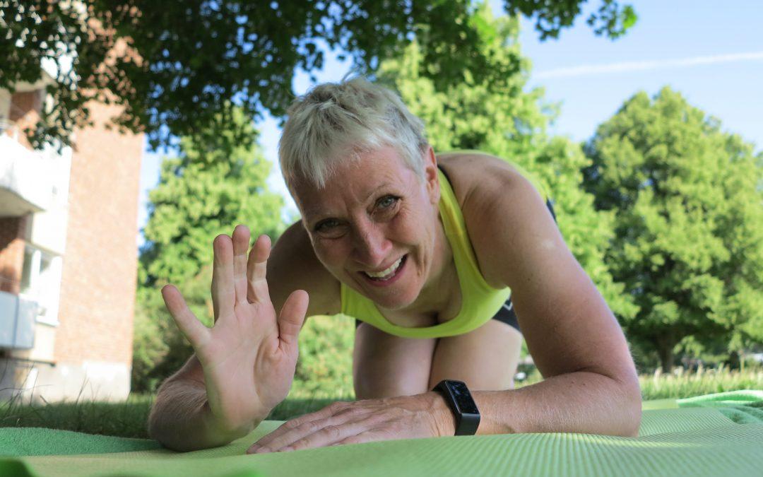 Torsdag Med Yoga i parken, tvättstuga och många val.
