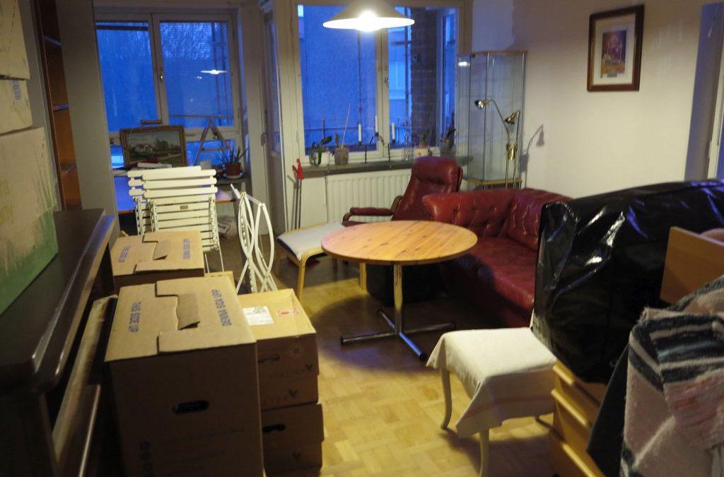 Torsdag Idag går flyttlasset och Claes fyller 60 år