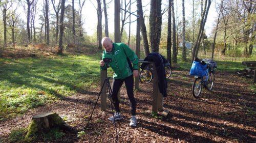 Måndag Startar med träning och dopp. Fortsätter med cykling, frissan, cykling och… träning