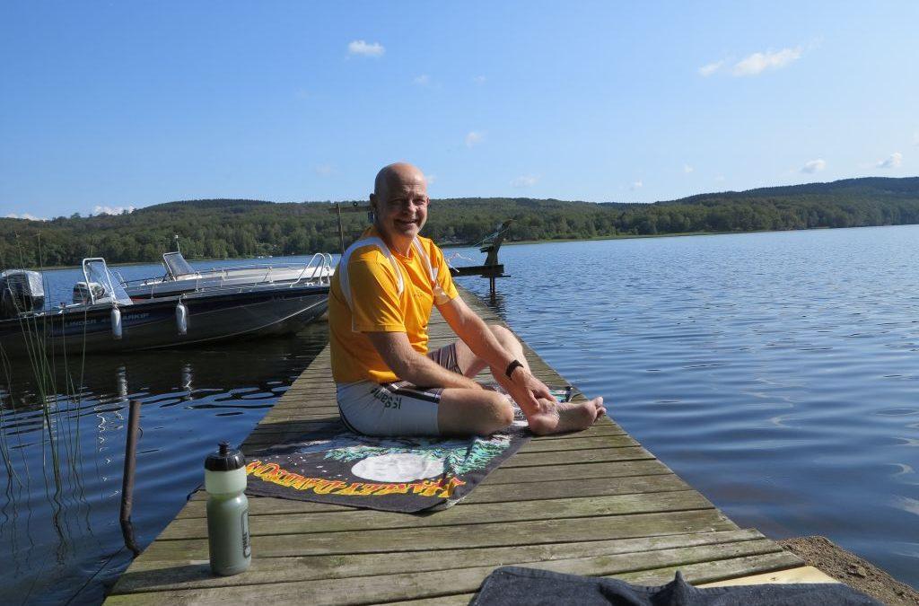 Fredag Stavgång och träning på bryggan. Biltvätt, vanlig tvätt och städning. Ännu en bra dag!