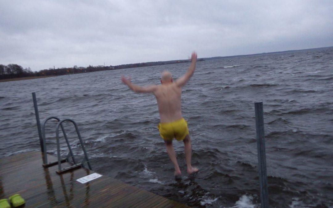 Söndag Bad i Ivösjön