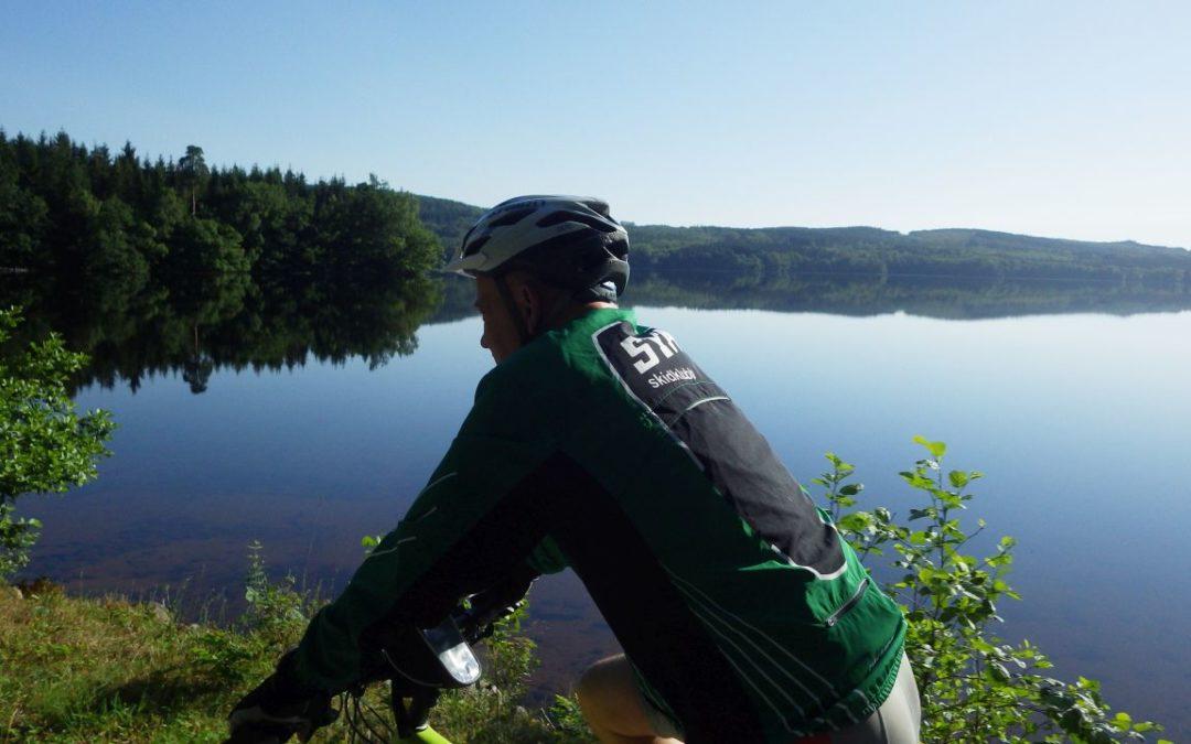 Onsdag med Vardagslyx!  Morgoncykling runt Västersjön